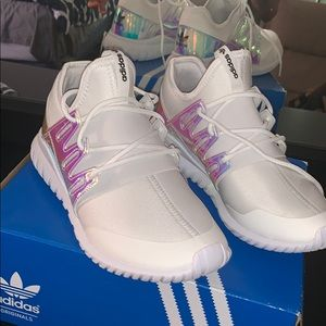 Adidas Tubular Radial K sneakers ✨